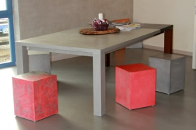 Neugestaltung Holztisch in Betonoptik