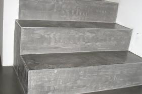 Pandomo® Floor plus bei Treppenstufen